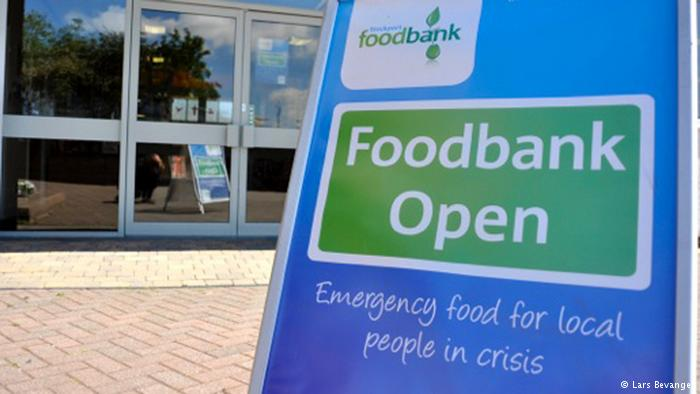 Feeding the poor: food banks now feed nearly 1 million Brits