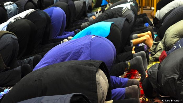To fast or not to fast: diabetes observes no religion